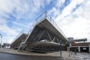 Station-Hengelo-aanzicht-fietsenstalling-Carl-Stahl